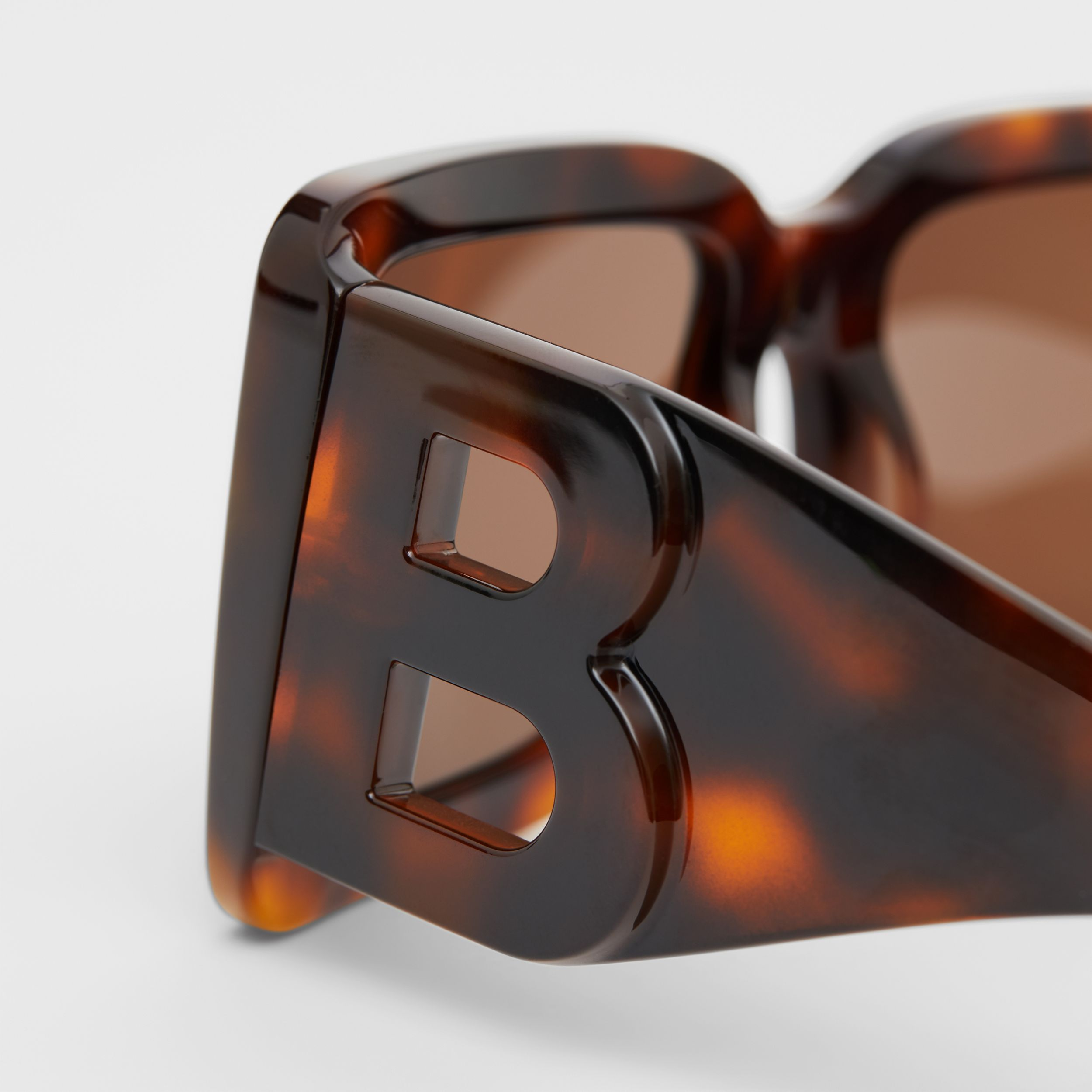 B Motif Square Frame Sunglasses in Tortoise Amber - Women | Burberry - 2