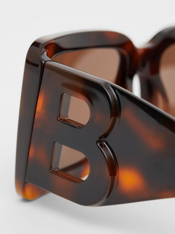 B Motif Square Frame Sunglasses in Tortoise Amber | Burberry United Kingdom - cell image 1
