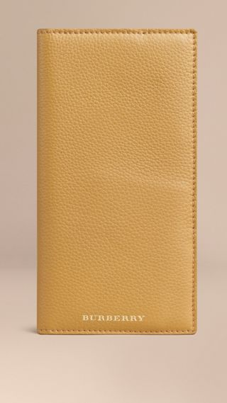 Grainy Leather Travel Card Case