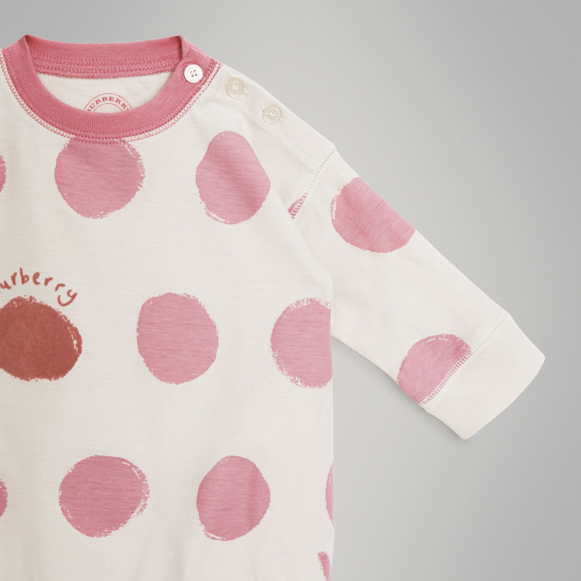 Spot and Heart Print Cotton Two-piece Baby Gift Set in Rose Pink - Children | Burberry - gallery image 4
