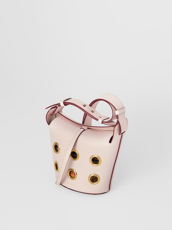 The Mini Bucket Bag aus Leder mit Ösendetails (Kreidefarben-rosa) - Damen | Burberry - cell image 2