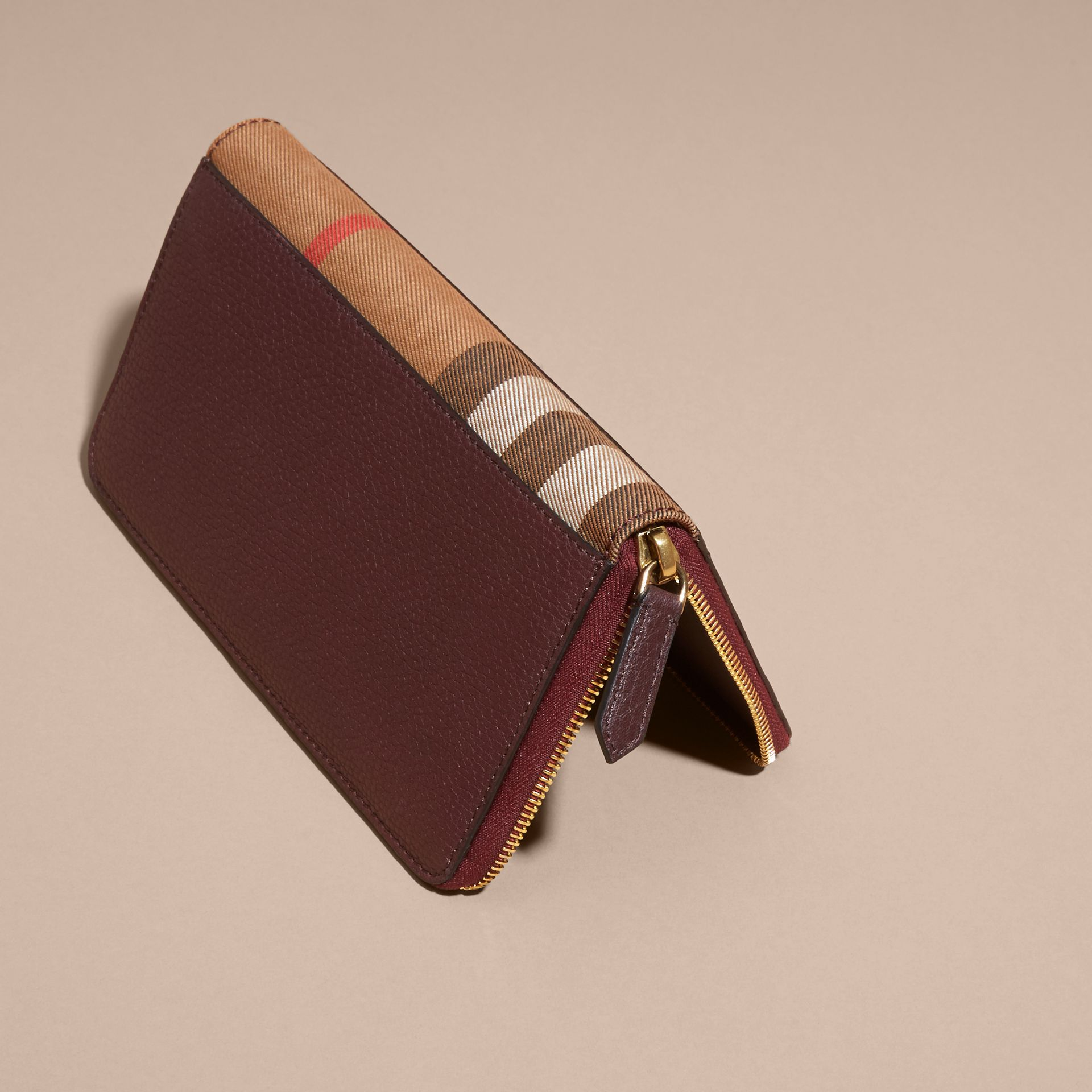 House Check and Grainy Leather Ziparound Wallet in Wine | Burberry - gallery image 3