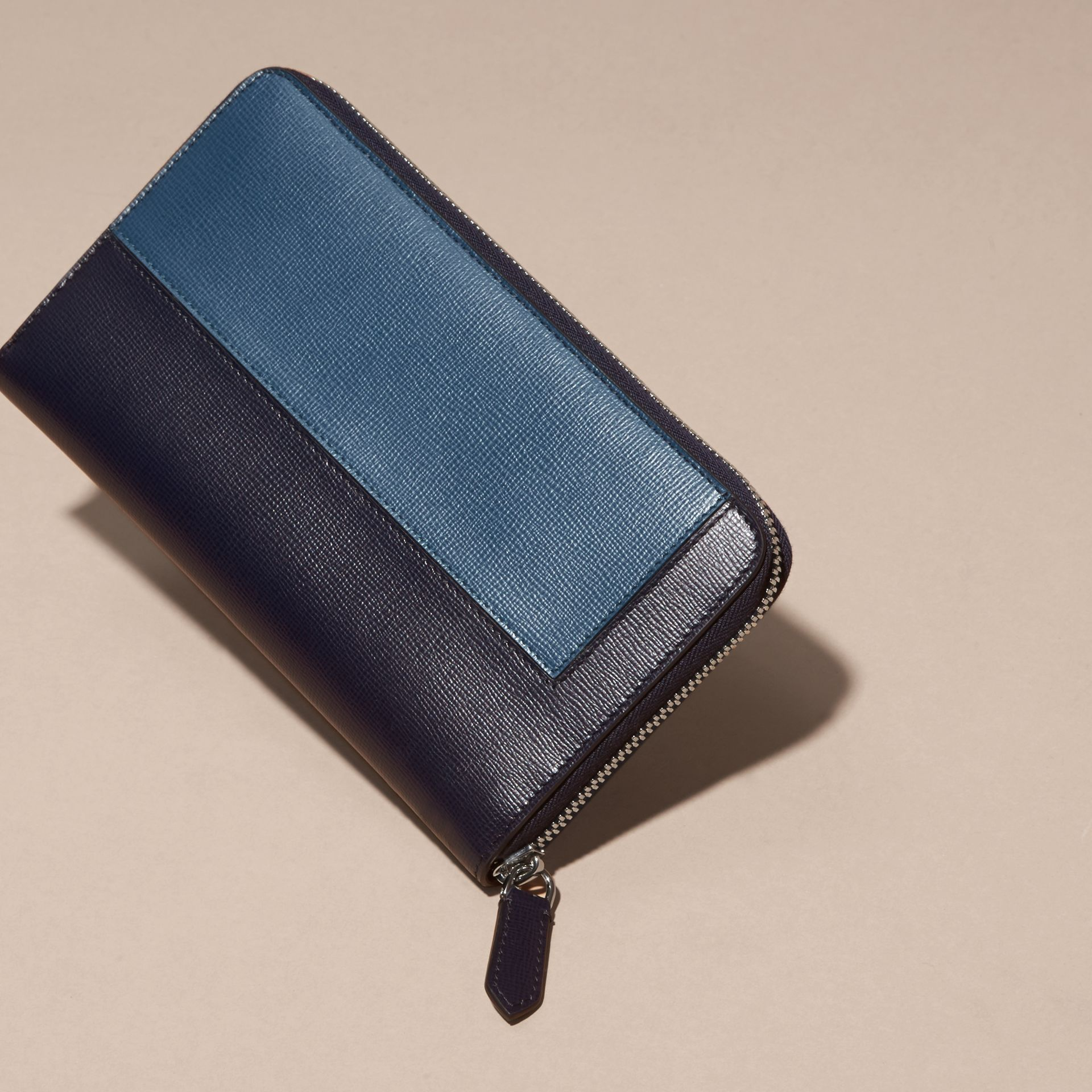 Dark navy Panelled London Leather Ziparound Wallet Dark Navy - gallery image 4