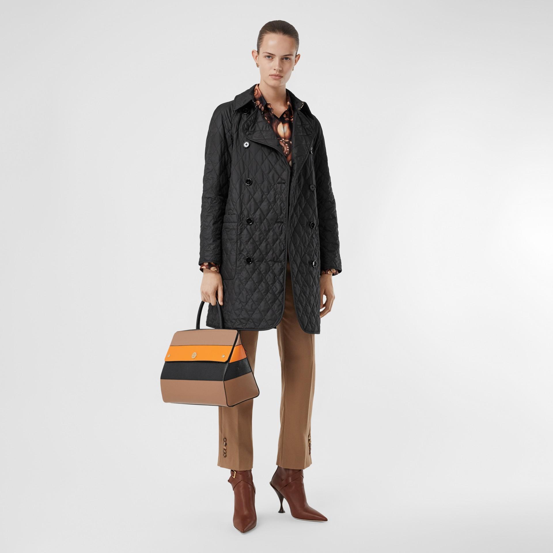 Manteau matelassé à double boutonnage (Noir) - Femme | Burberry - photo de la galerie 6