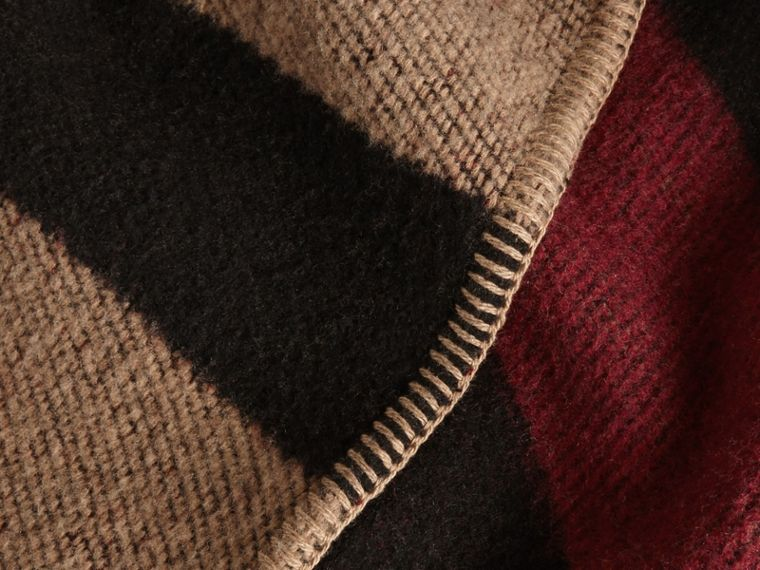 House check/black Check Wool and Cashmere Blanket Poncho - cell image 4