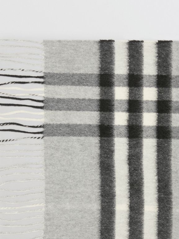 The Classic Check Cashmere Scarf in Pale Grey | Burberry - cell image 1