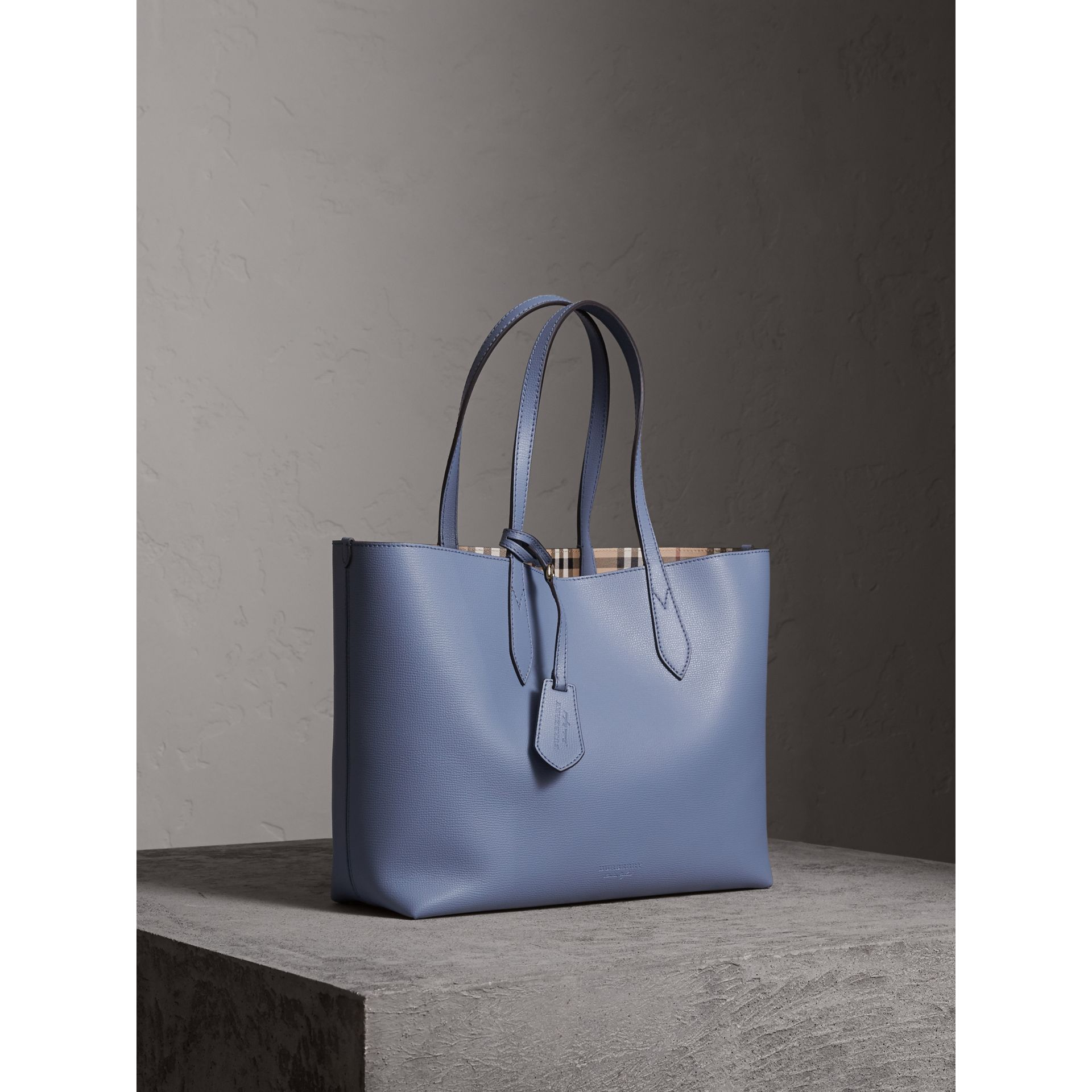 The Medium Reversible Tote in Haymarket Check and Leather in Slate Blue - Women | Burberry - gallery image 7
