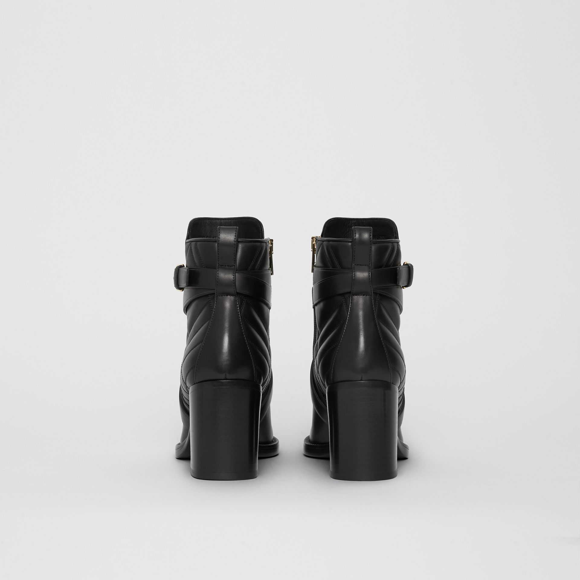 Bottines en cuir matelassé avec sangle (Noir) - Femme | Burberry Canada - photo de la galerie 4