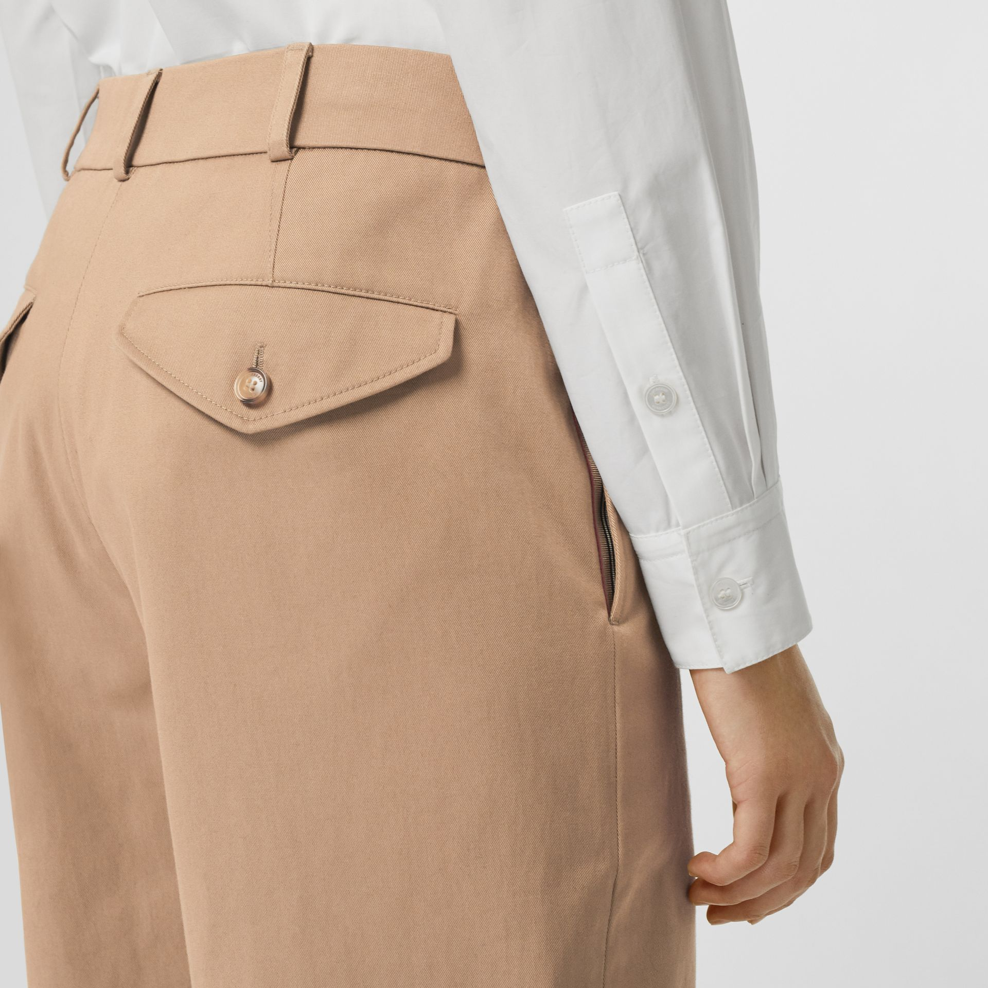 Icon Stripe Detail Stretch Cotton Cropped Trousers in Camel - Women | Burberry - gallery image 4