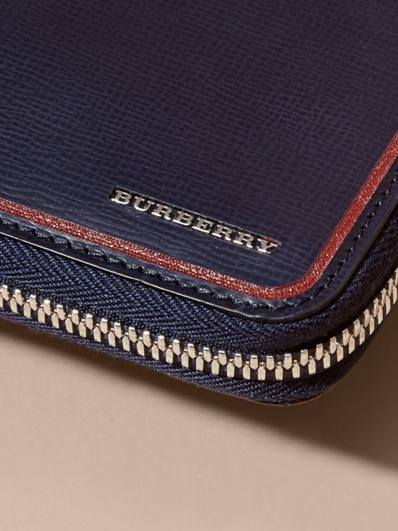 Border Detail London Leather Ziparound Wallet Dark Navy - cell image 3