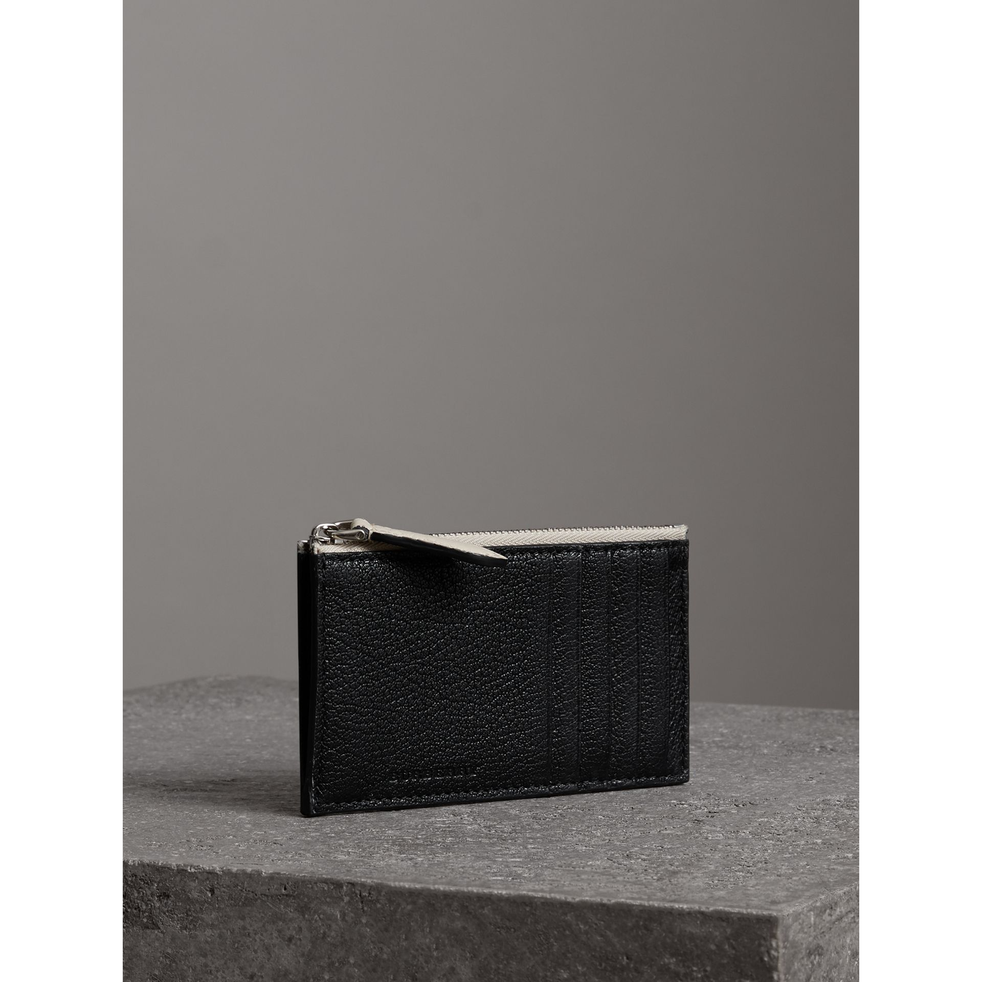 Two-tone Leather Zip Card Case in Black | Burberry - gallery image 4