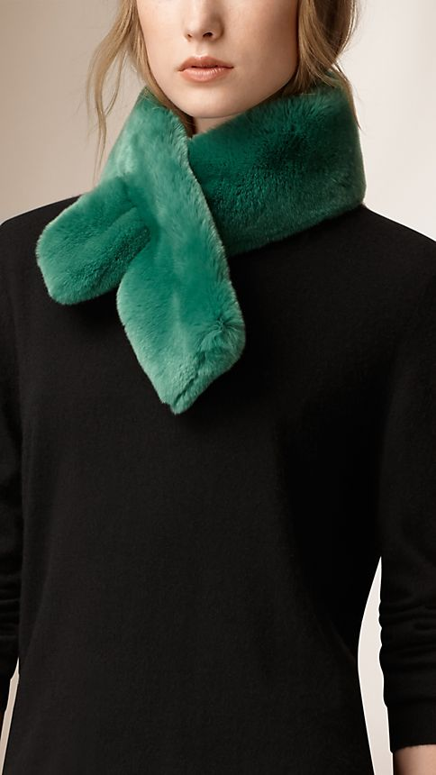 Bright pine green Rabbit Fur Collar - Image 2