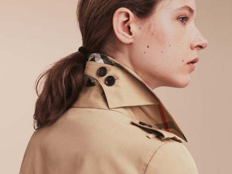 The Chelsea – Mid-length Heritage Trench Coat Honey - cell image 4