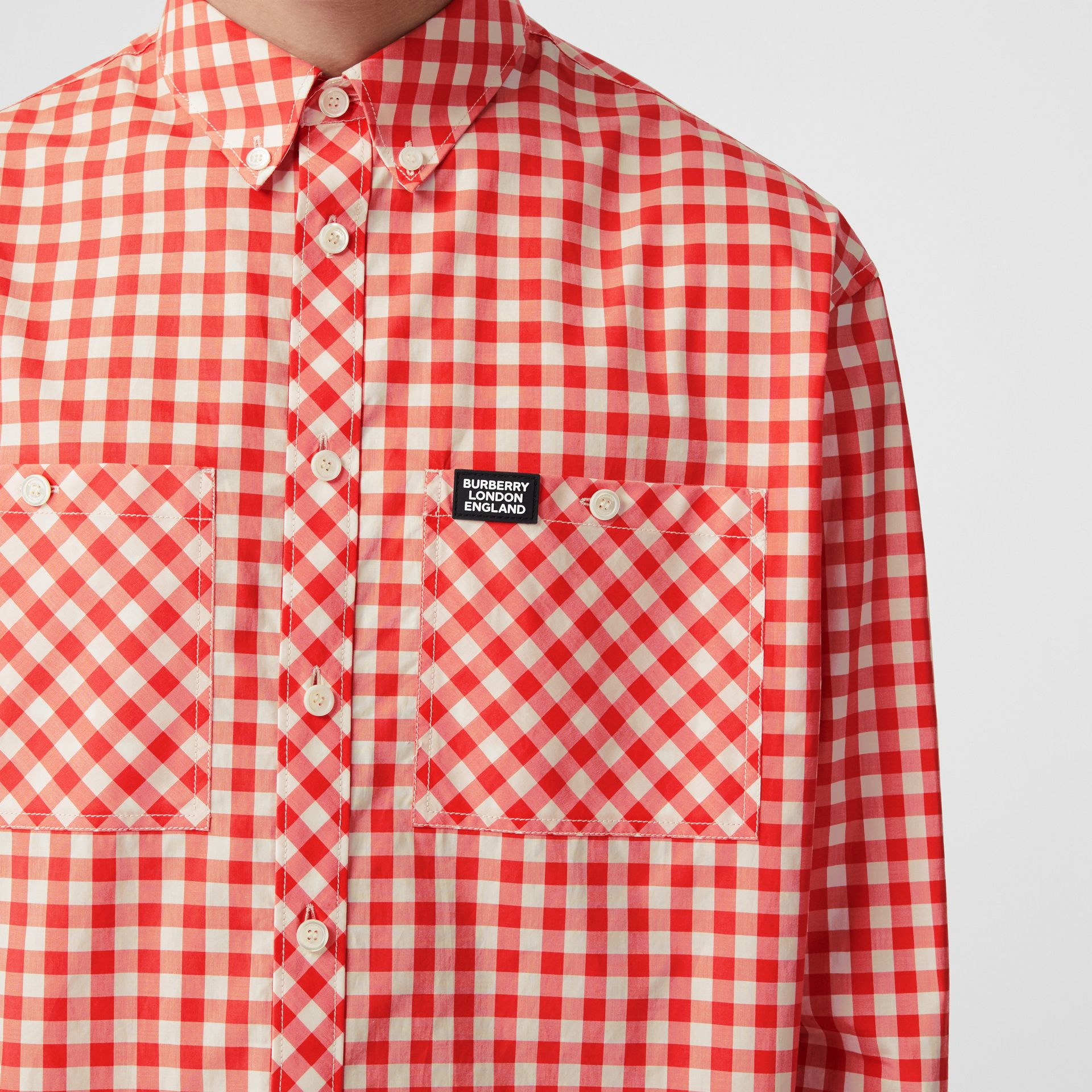Cut-out Hem Gingham Cotton Oversized Shirt in Red | Burberry - gallery image 6
