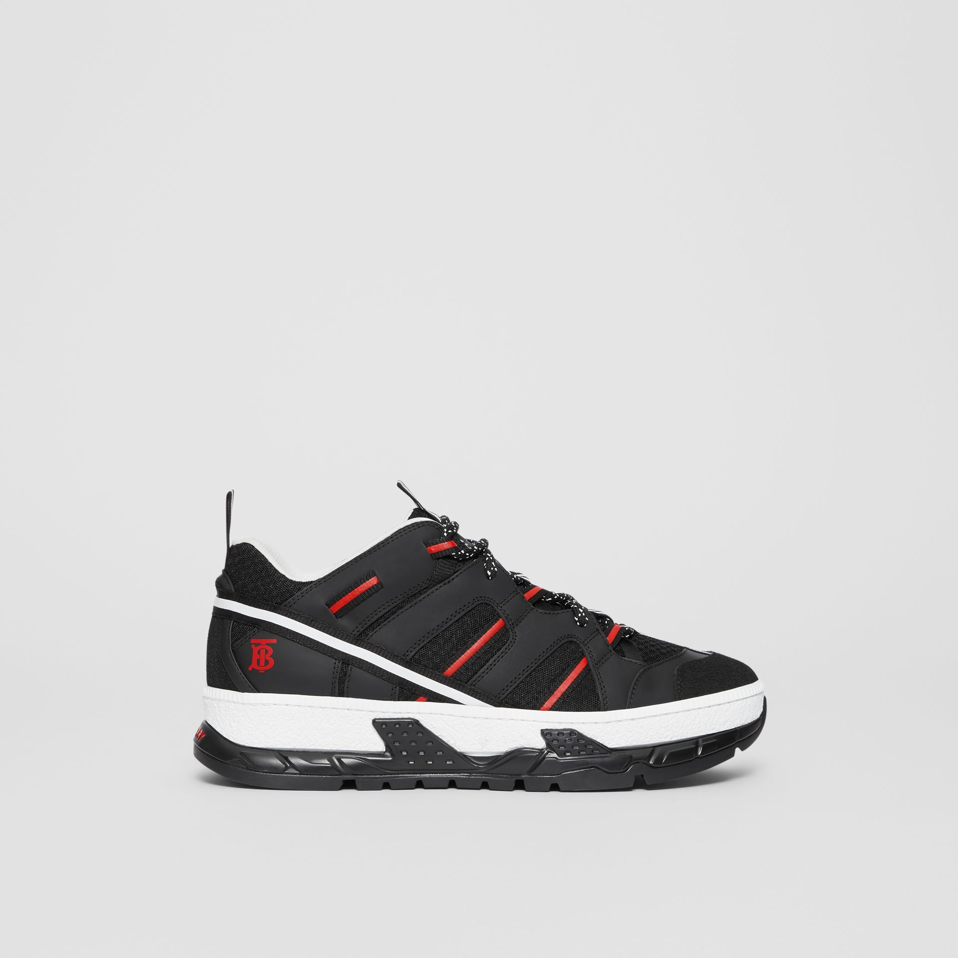 Sneakers Union en filet et nubuck (Noir/rouge) - Homme | Burberry - photo de la galerie 5