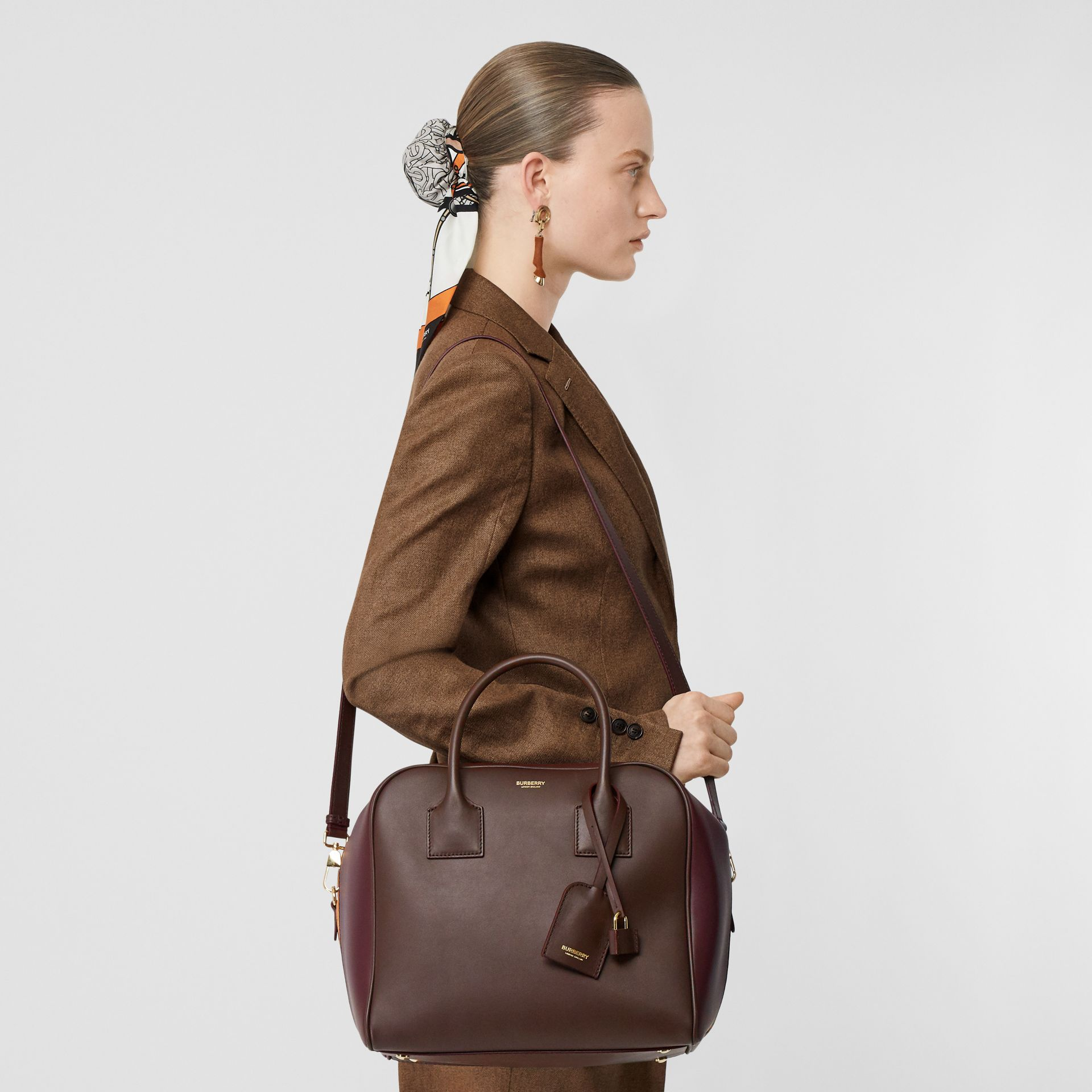Medium Leather and Suede Cube Bag in Mahogany - Women | Burberry - gallery image 2