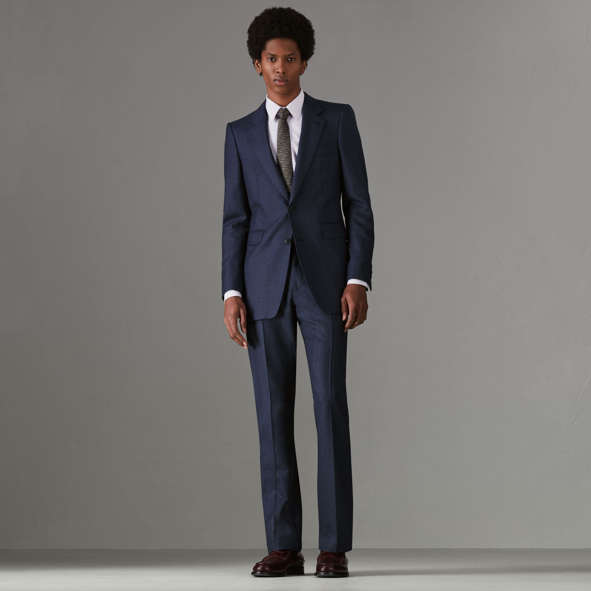 Slim Fit Puppytooth Wool Suit in Navy - Men | Burberry Hong Kong - gallery image 0