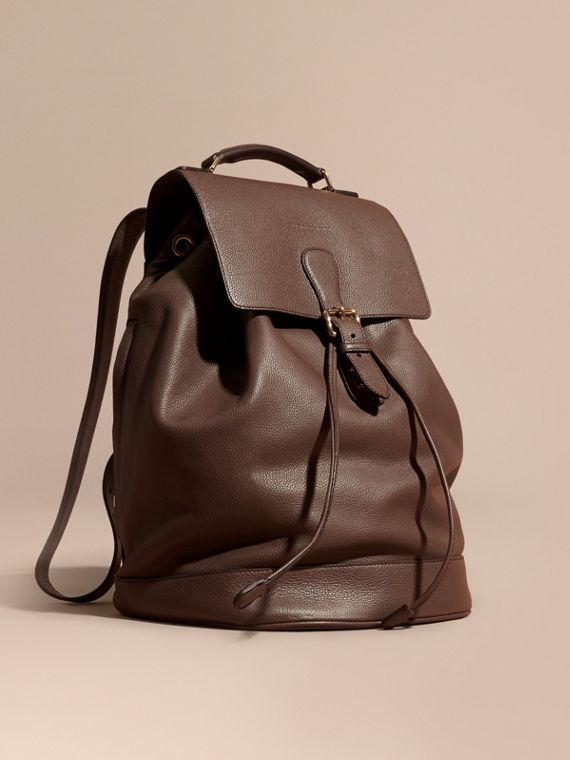 Grainy Leather Backpack Deep Taupe Brown