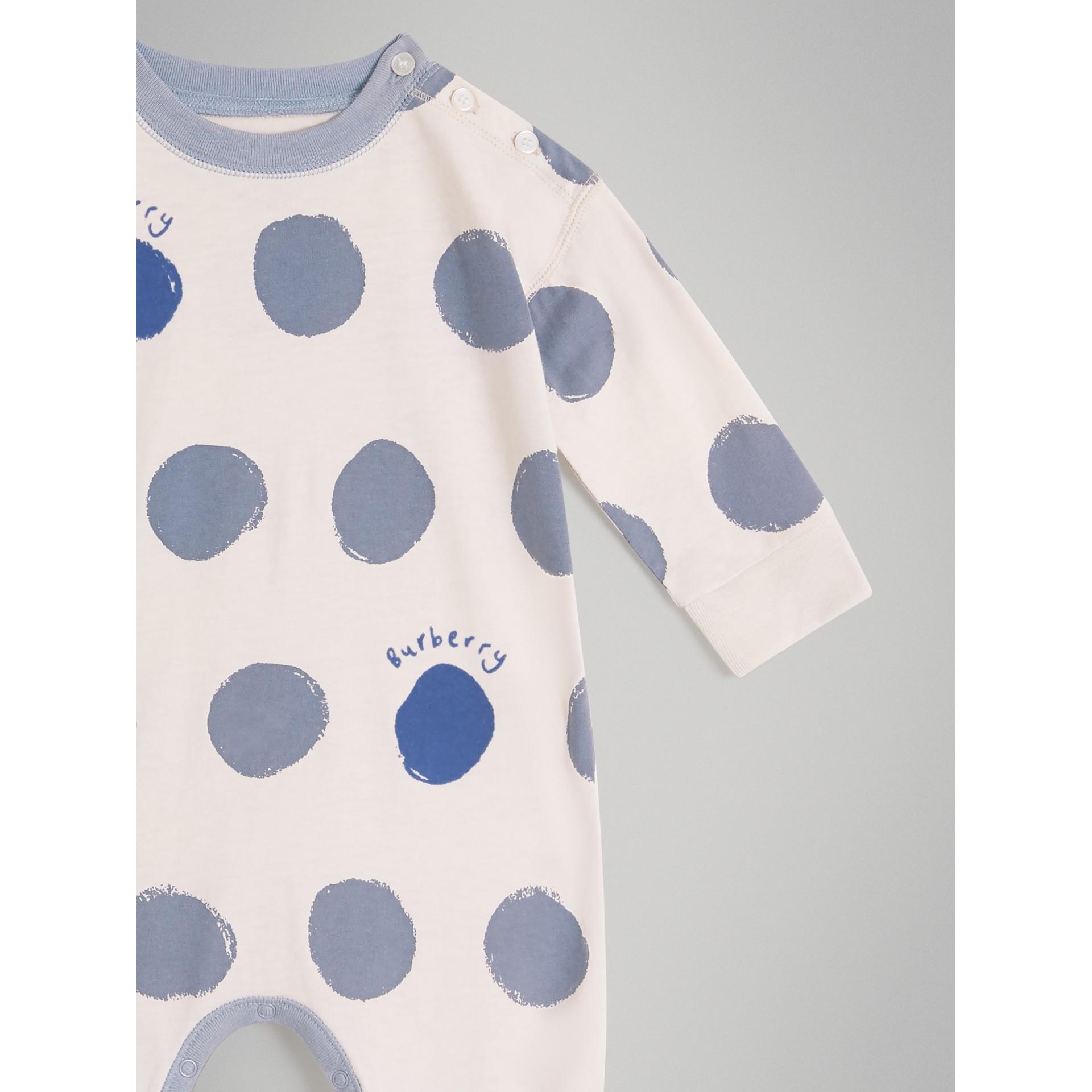 Coffret cadeau deux pièces pour bébé en jersey de coton à imprimé à pois graphique (Bleu Toile) - Enfant | Burberry Canada - photo de la galerie 4