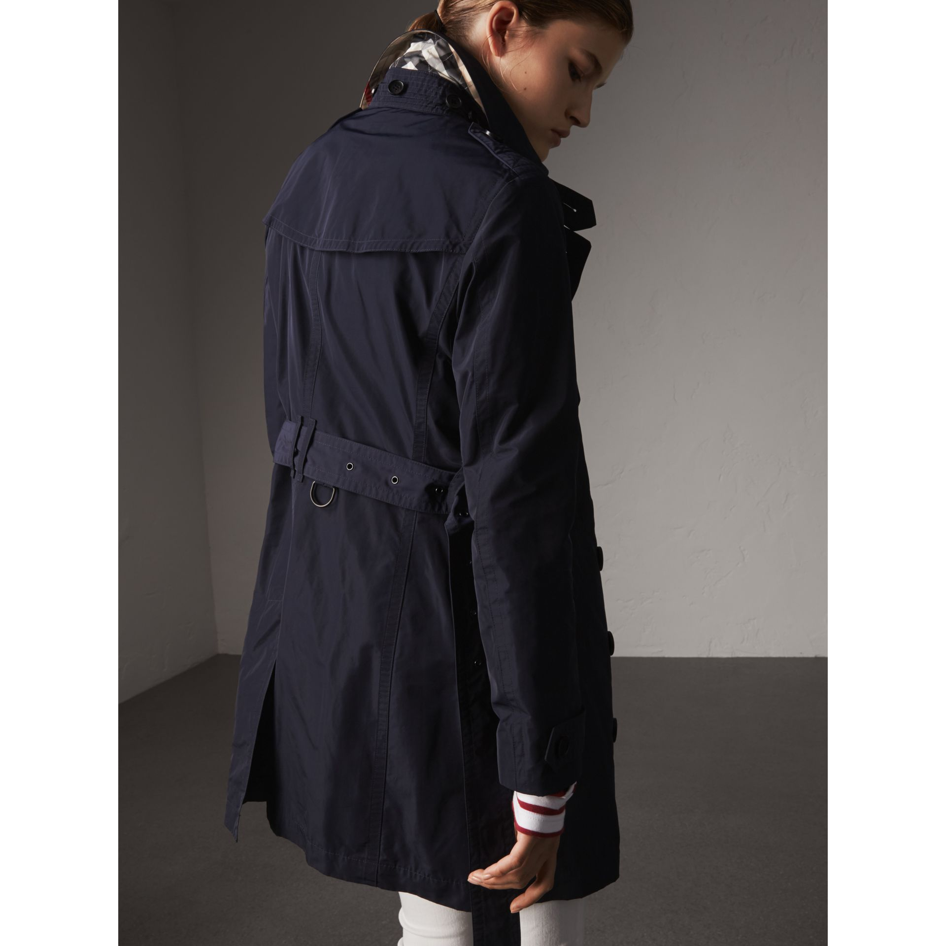 Taffeta Trench Coat with Detachable Hood in Navy - Women | Burberry United Kingdom - gallery image 3