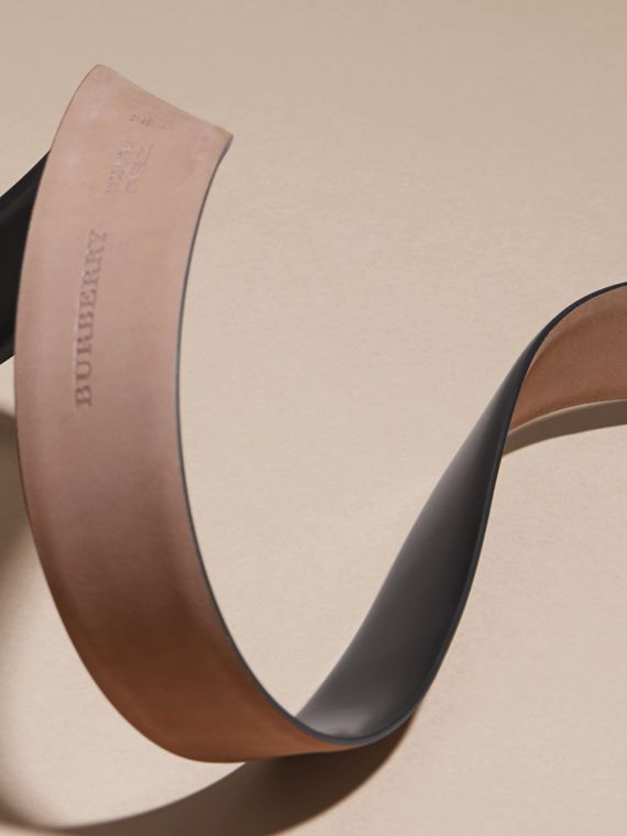 Polished Plaque Buckle Bridle Leather Belt in Black - Men | Burberry Australia - cell image 3