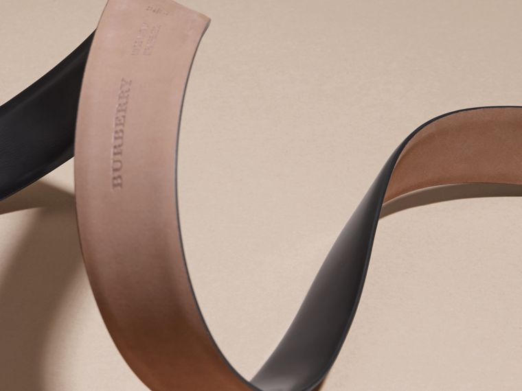 Polished Plaque Buckle Bridle Leather Belt in Black - Men | Burberry United Kingdom - cell image 4