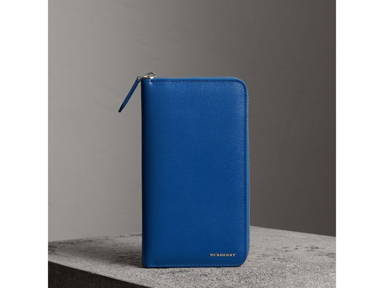 London Leather Ziparound Wallet in Deep Blue | Burberry - cell image 4