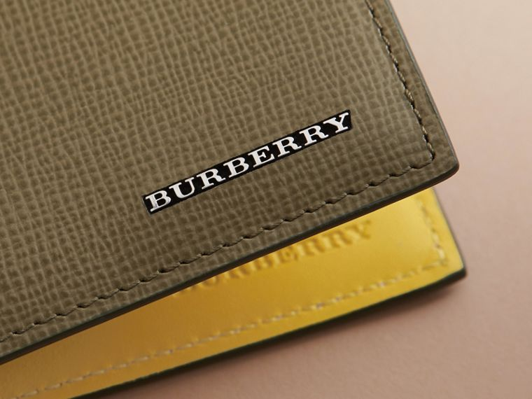 London Leather Folding Wallet in Olive Green | Burberry - cell image 4