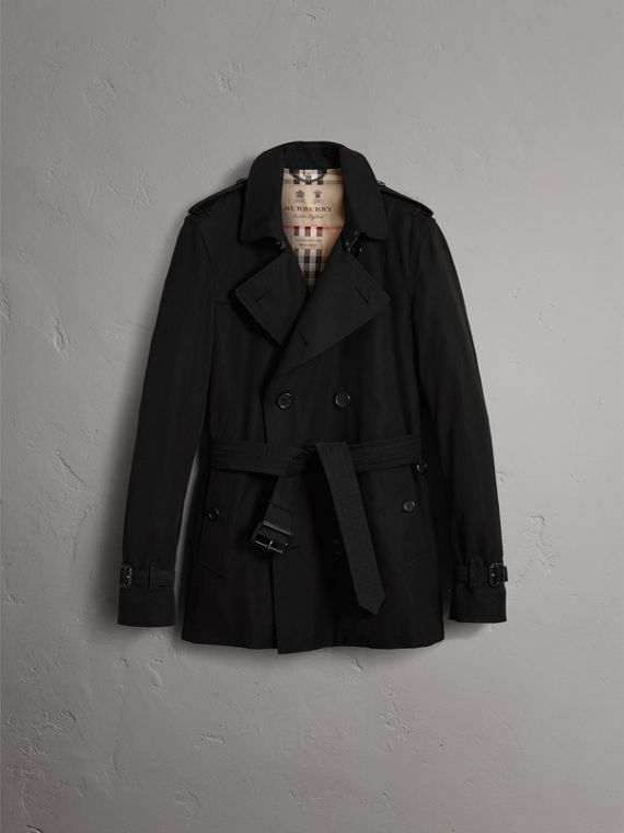The Kensington – Short Heritage Trench Coat in Black - Men | Burberry - cell image 3