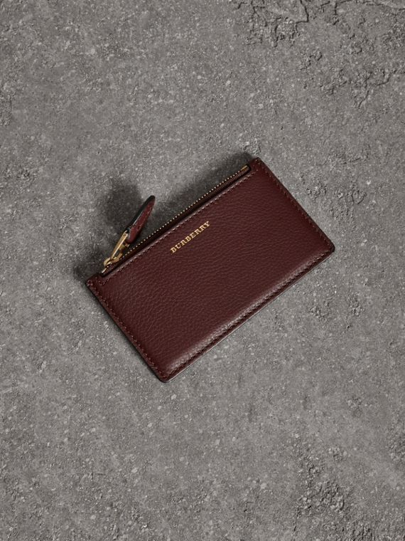 Two-tone Leather Zip Card Case in Deep Claret