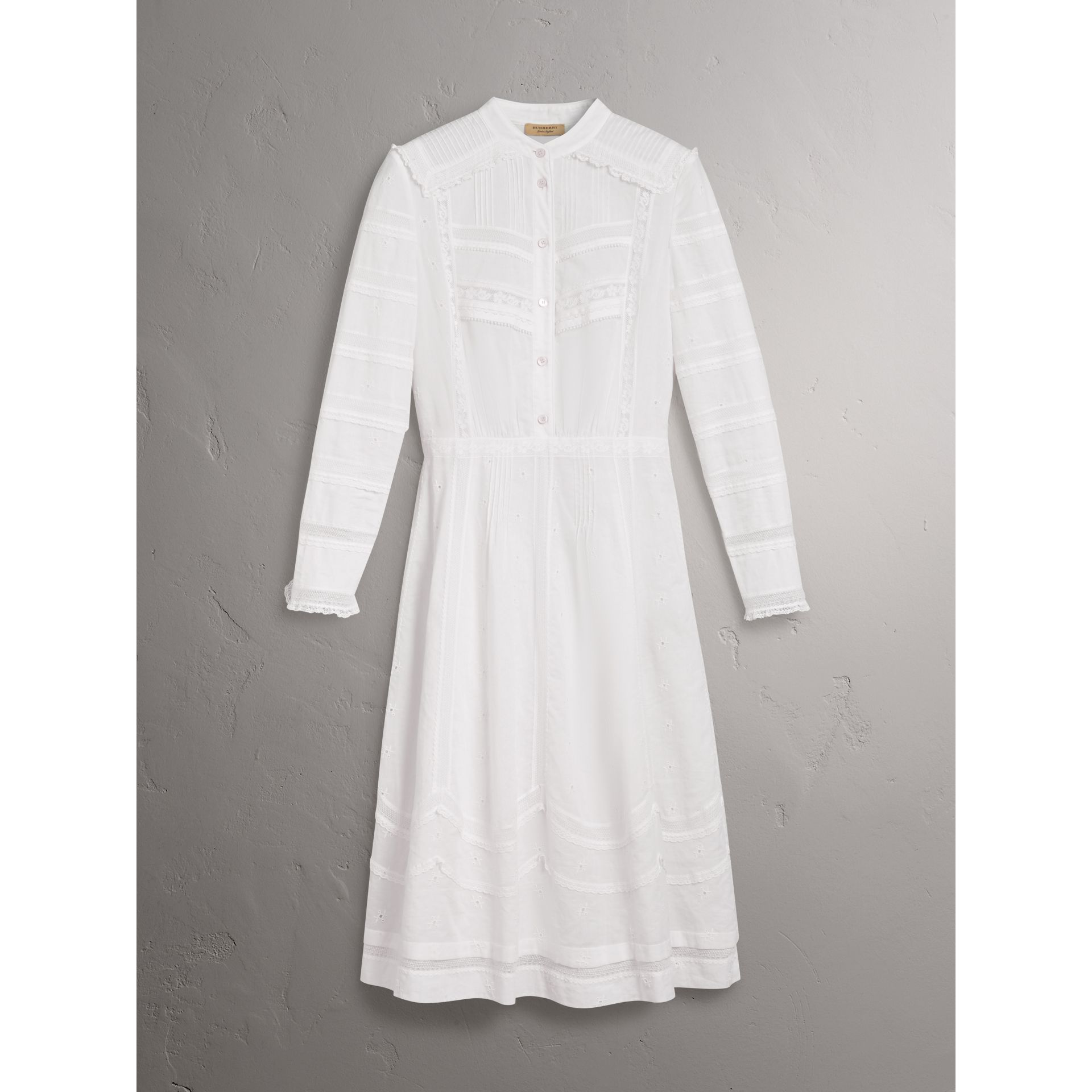English Lace Detail Cotton Voile Shirt Dress in Off White - Women | Burberry - gallery image 3