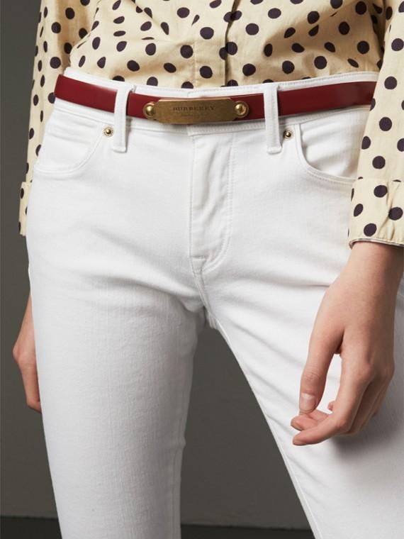 Cinto de couro com fivela de placa (Vermelho Paixão) - Mulheres | Burberry - cell image 2