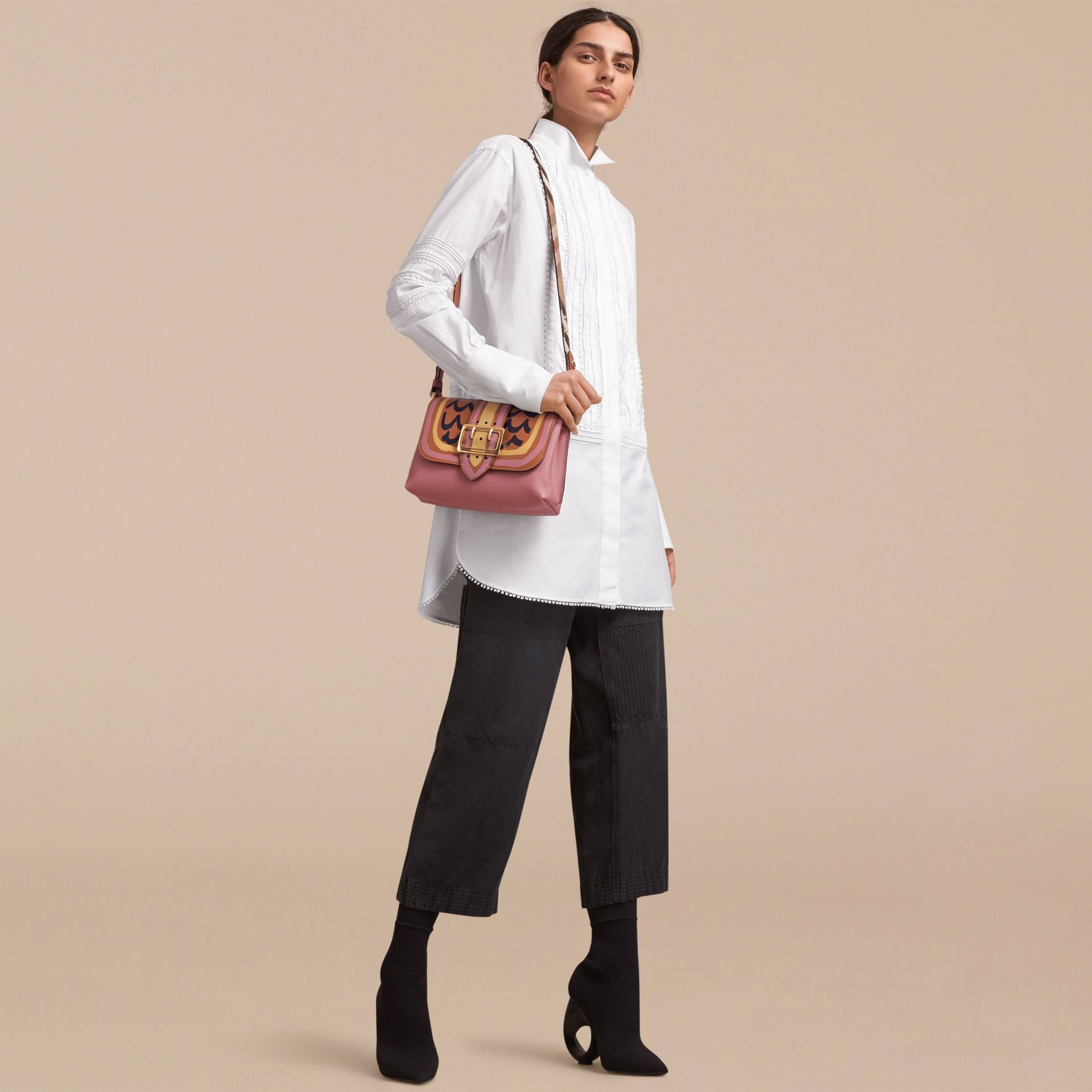 The Buckle Crossbody Bag in Trompe L'oeil Leather Dusty Pink/bright Toffee - gallery image 3