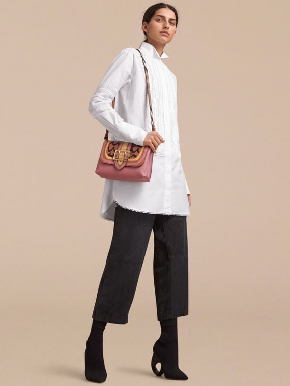 The Buckle Crossbody Bag in Trompe L'oeil Leather in Dusty Pink/bright Toffee - cell image 2