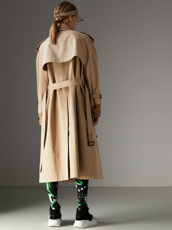 Cotton Gabardine Reconstructed Car Coat in Honey - Women | Burberry Hong Kong - cell image 2