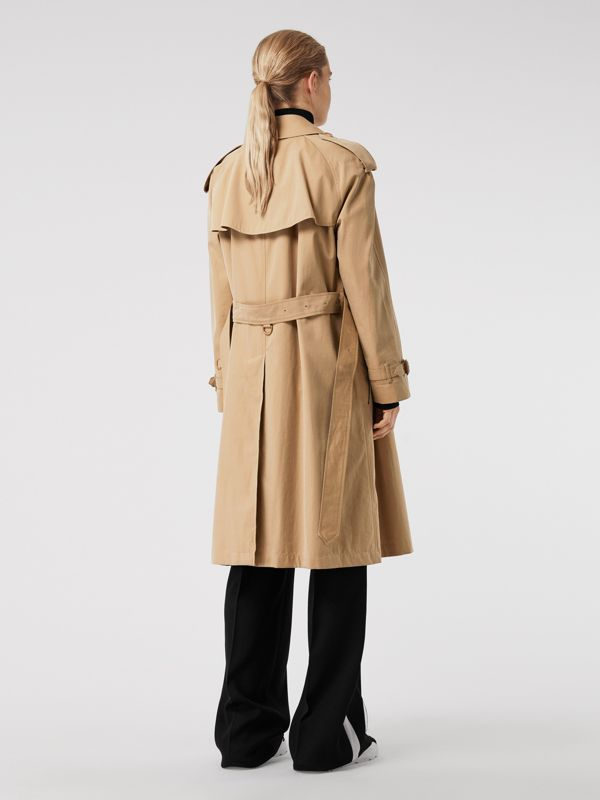 The Westminster Heritage Trench Coat in Honey - Women | Burberry Australia - cell image 2