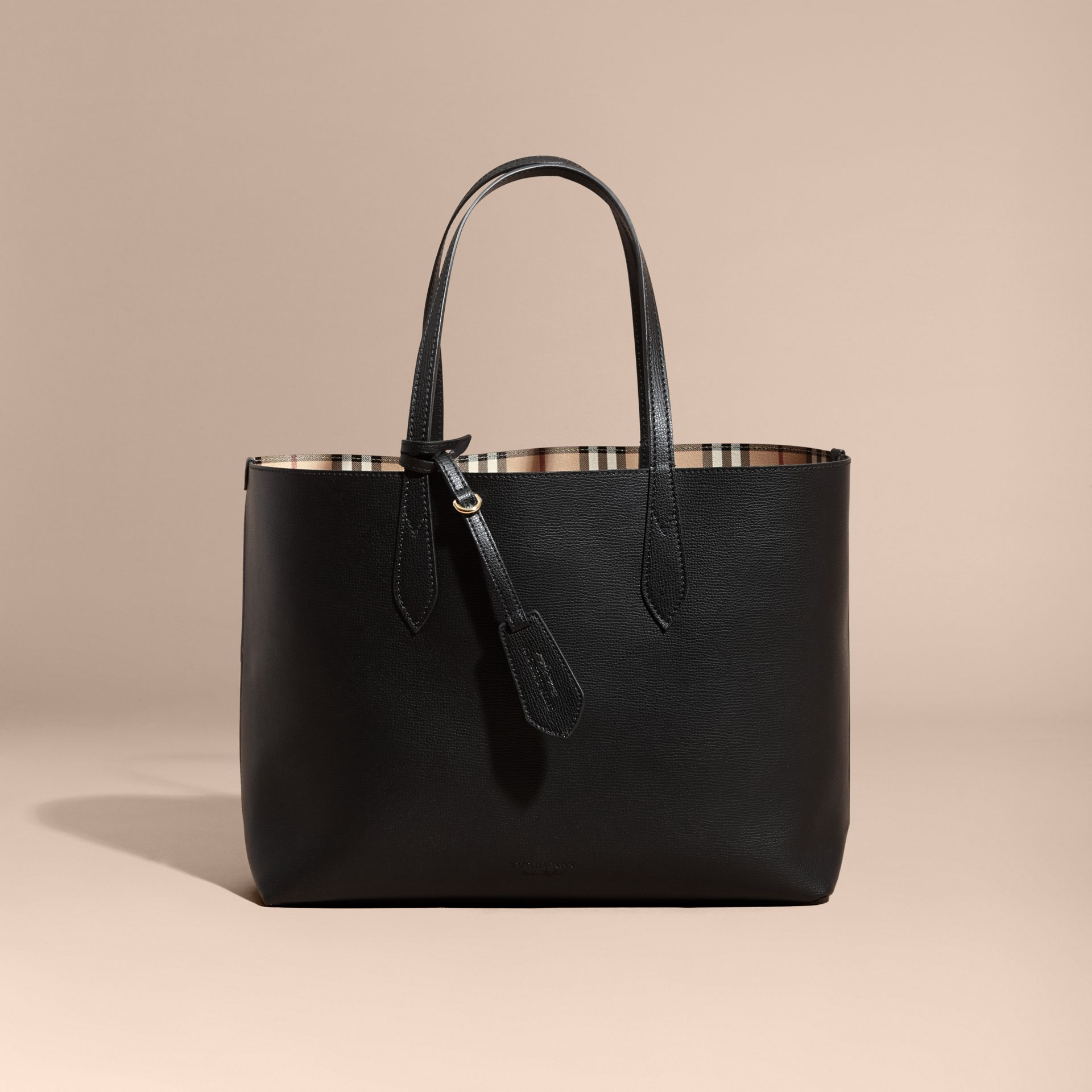 The Medium Reversible Tote in Haymarket Check and Leather in Black - Women | Burberry - gallery image 9