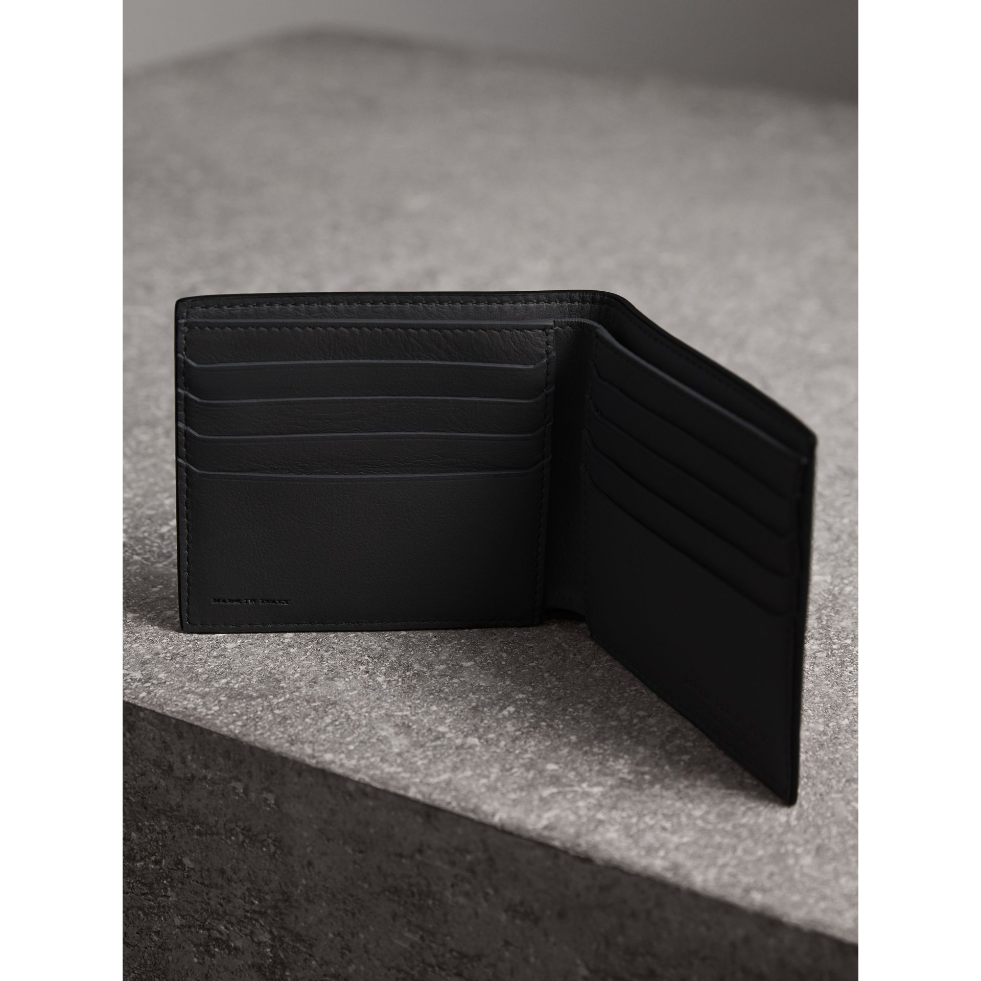 Splash Trench Leather International Bifold Wallet in Black/splash - Men | Burberry - gallery image 3