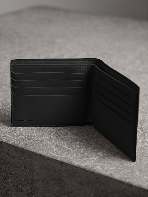 Splash Trench Leather International Bifold Wallet in Black/splash - Men | Burberry United Kingdom - cell image 3