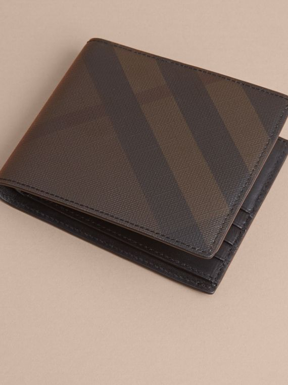 London Check International Bifold Wallet in Chocolate/black - cell image 3