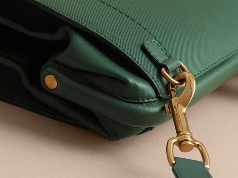 The DK88 Doctor's Bag in Dark Forest Green - Men | Burberry United States - cell image 4