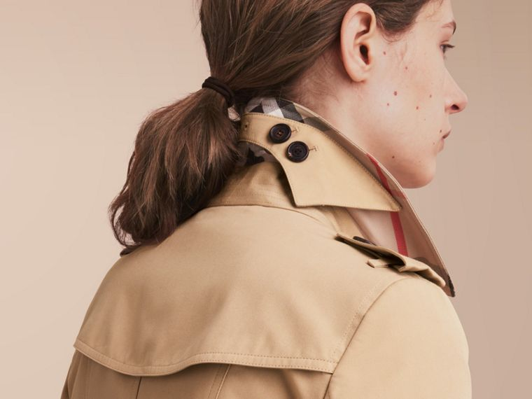 The Chelsea – Extra-long Heritage Trench Coat Honey - cell image 4
