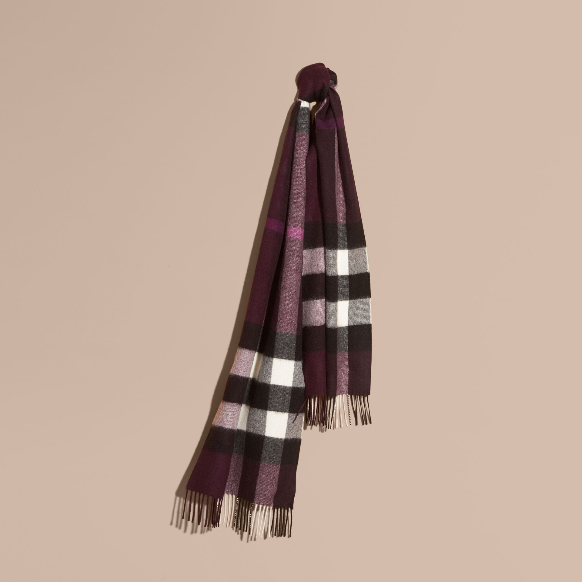 The Large Classic Cashmere Scarf in Check Aubergine - gallery image 6