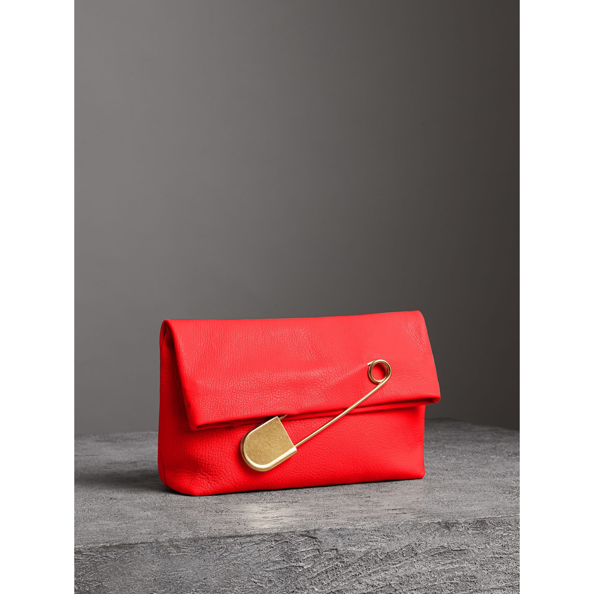 The Medium Pin Clutch in Leather in Bright Red - Women | Burberry Singapore - gallery image 6
