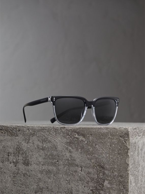 Square Frame Sunglasses in Black - Men | Burberry Singapore