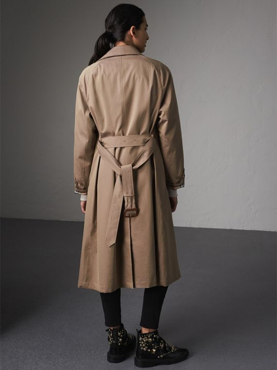 The Brighton – Extra-long Car Coat in Taupe Brown - Women | Burberry Australia - cell image 2