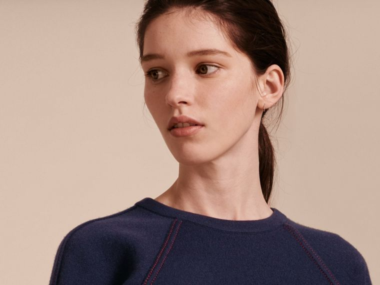 Topstitch Detail Wool Cashmere Blend Sweater in Navy - Women | Burberry - cell image 4