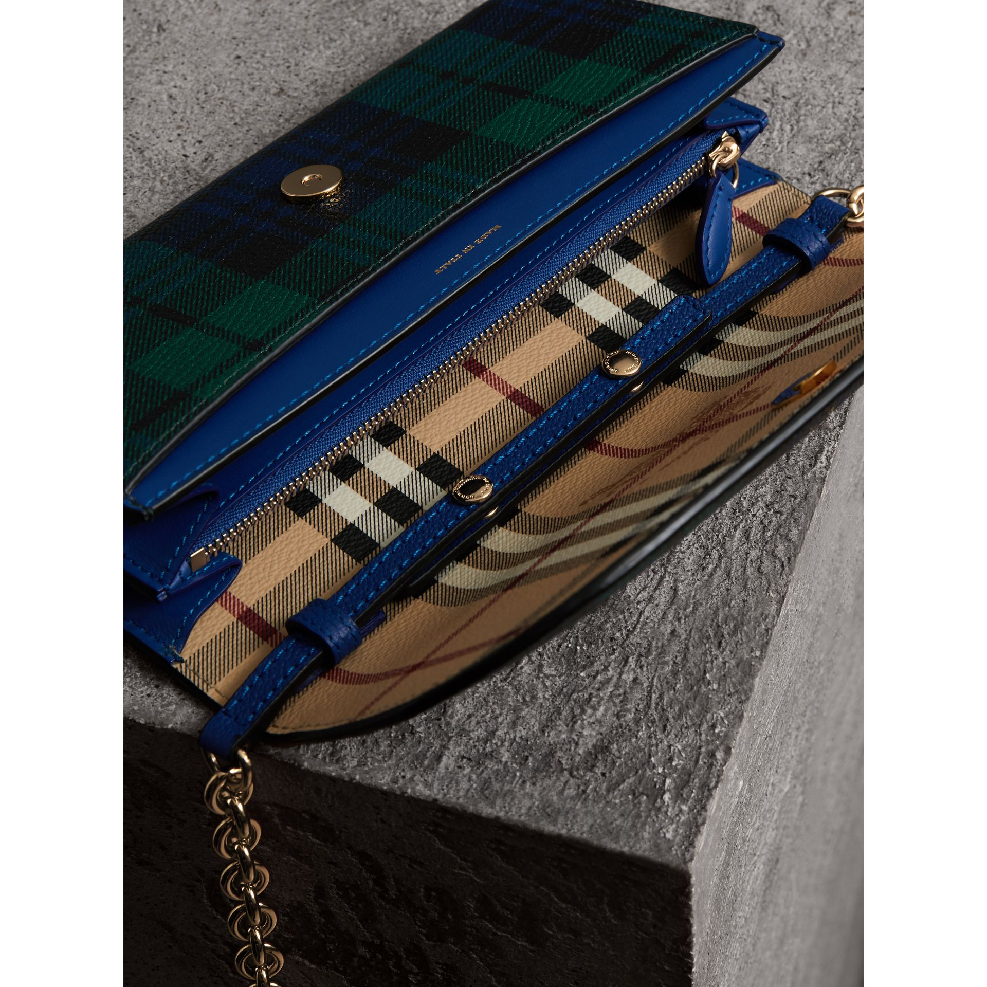 Creature Appliqué Tartan Leather Wallet with Chain in Bright Navy - Women | Burberry - gallery image 4