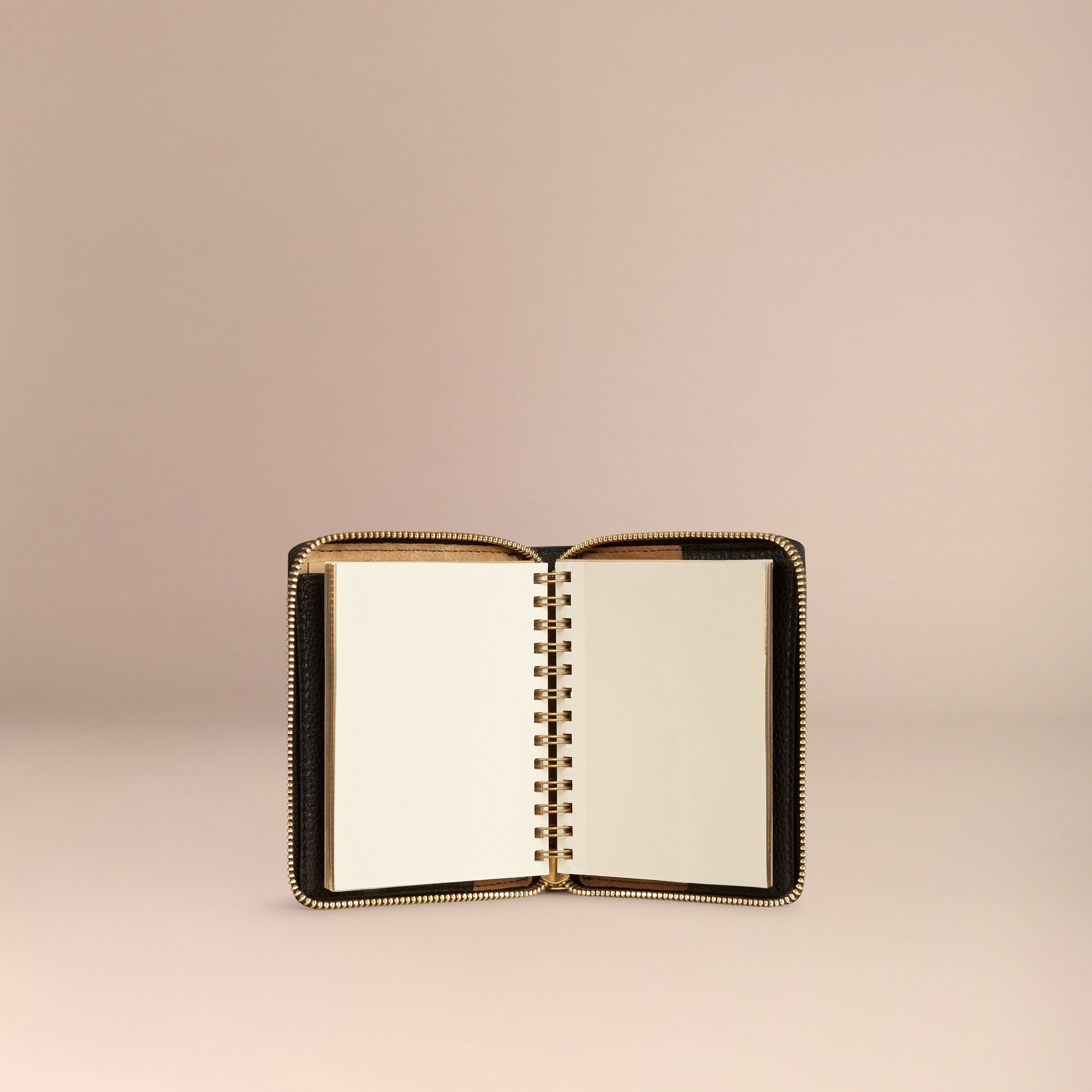 Black Ziparound Laser-cut Lace Detail Leather Mini Notebook - gallery image 3