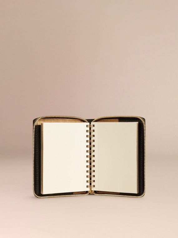 Black Ziparound Laser-cut Lace Detail Leather Mini Notebook - cell image 2